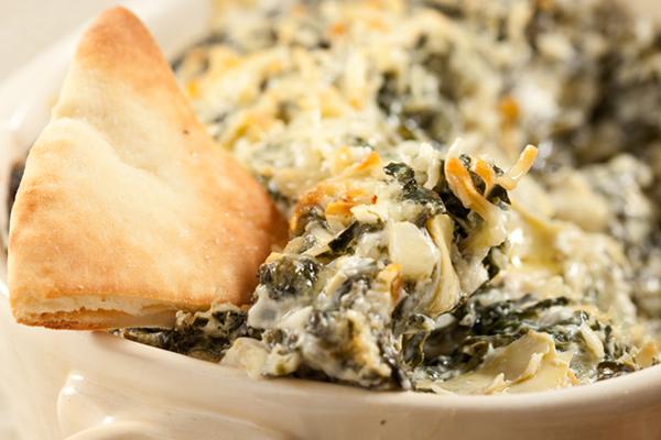 Guilt-Free Warm Gooey Spinach Artichoke Dip