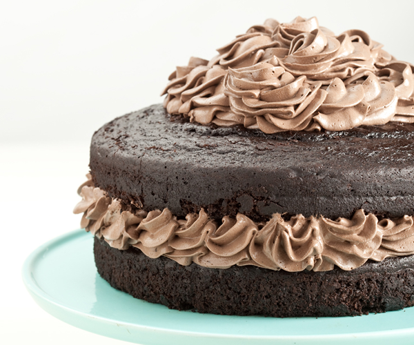 Unbelievable Chocolate Cake With Chocolate Cream Frosting