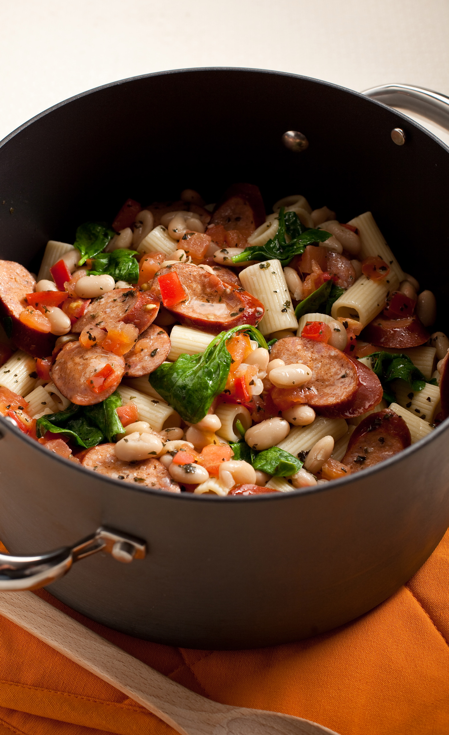 Skinny Rigatoni Pasta with White Beans and Sausage