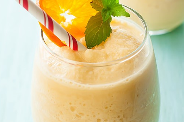 Breakfast in a Glass (aka Protein Rich Orange Julius!)