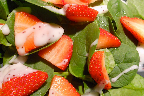 Strawberry and Spinach Salad with Creamy Poppyseed Dressing