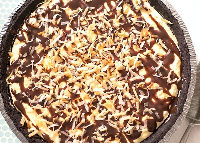 15-Minute Coconut Cream Candy Bar Pie